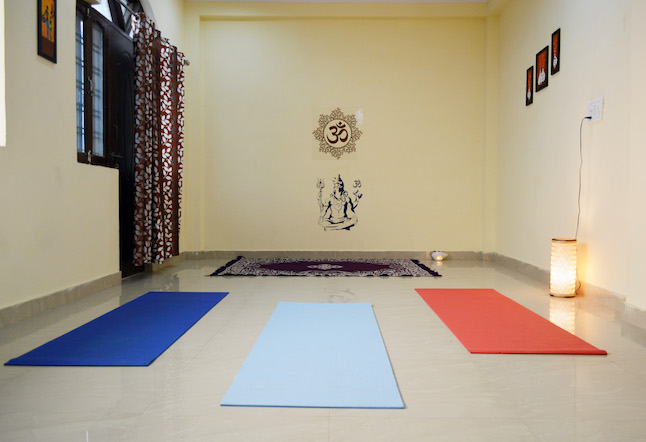 yoga hall at The Bodhi Center Rishikesh