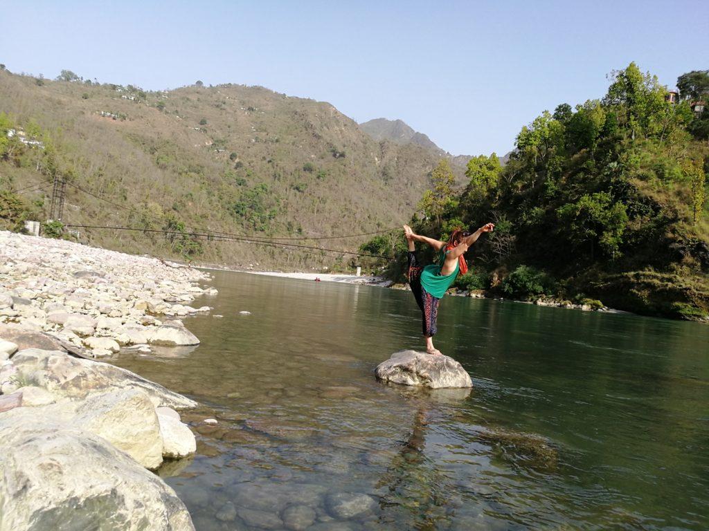 best yoga retreat in rishikesh
