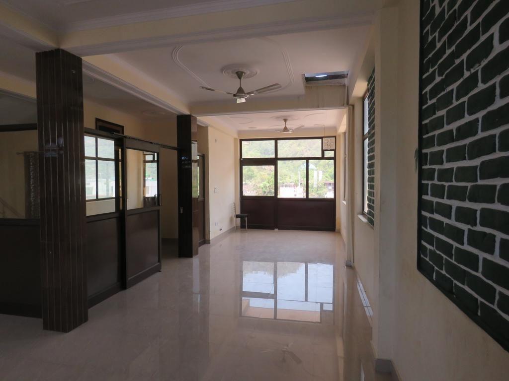 The bodhi centre | 100 Hours Yoga Teacher Training in Rishikesh